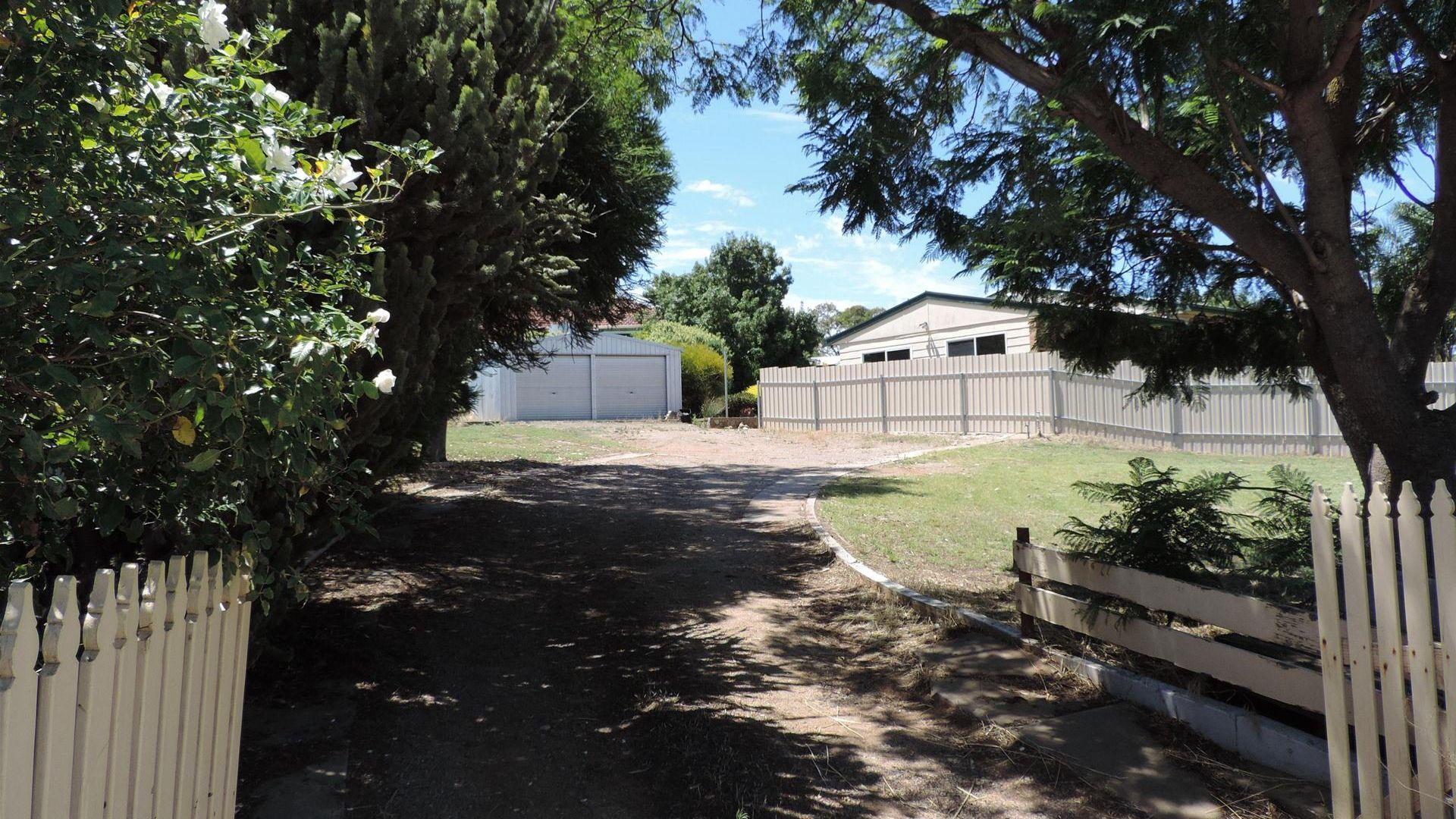 2 Leigh Street, Murray Bridge SA 5253, Image 1