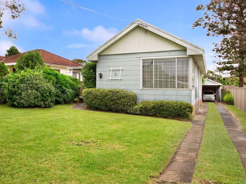 5 Durbar Avenue, KIRRAWEE NSW 2232, Image 0