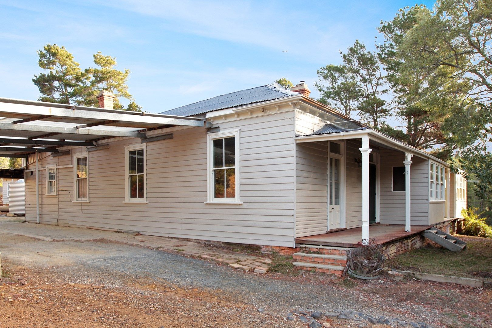 5 Old Mines Road, Captains Flat NSW 2623, Image 0