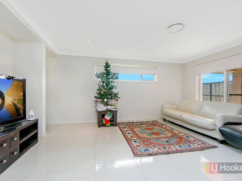 37 Petal Parkway, The Ponds NSW 2769, Image 2