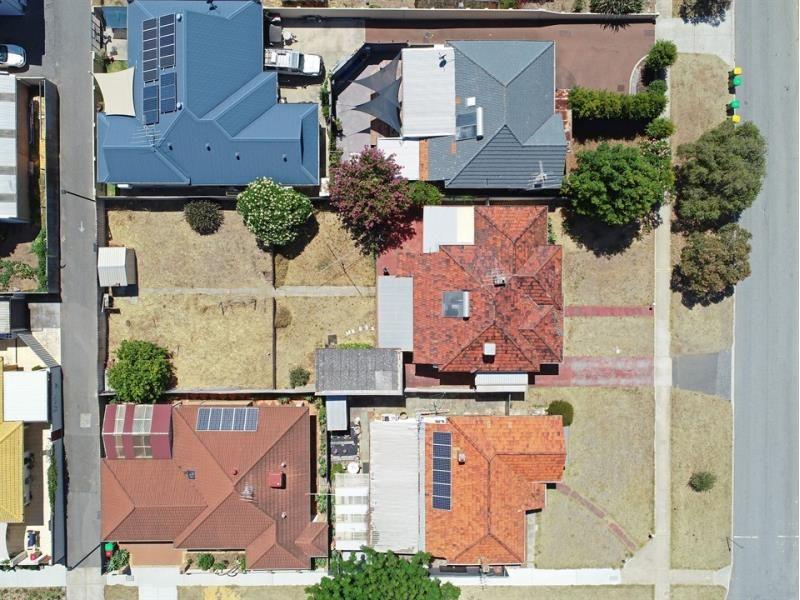 150 Holland Street, Fremantle WA 6160, Image 2