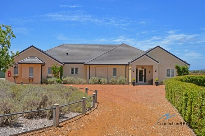 Picture of 15 Barfleur Place, MARBELUP WA 6330