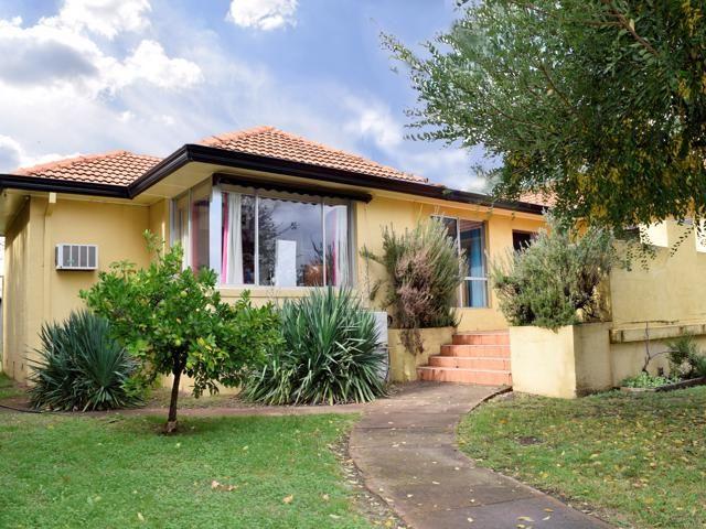 14 ALEXANDRA STREET, Grenfell NSW 2810, Image 0