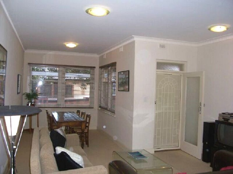 1/32 Weewanda Street, Glenelg South SA 5045, Image 1