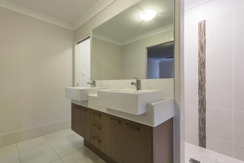 Deebing Heights QLD 4306, Image 0