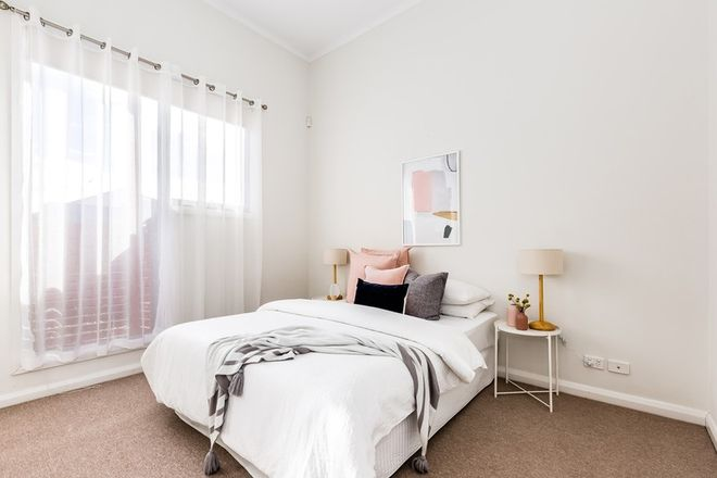 Picture of 8 Hindmarsh Circuit, MAWSON LAKES SA 5095