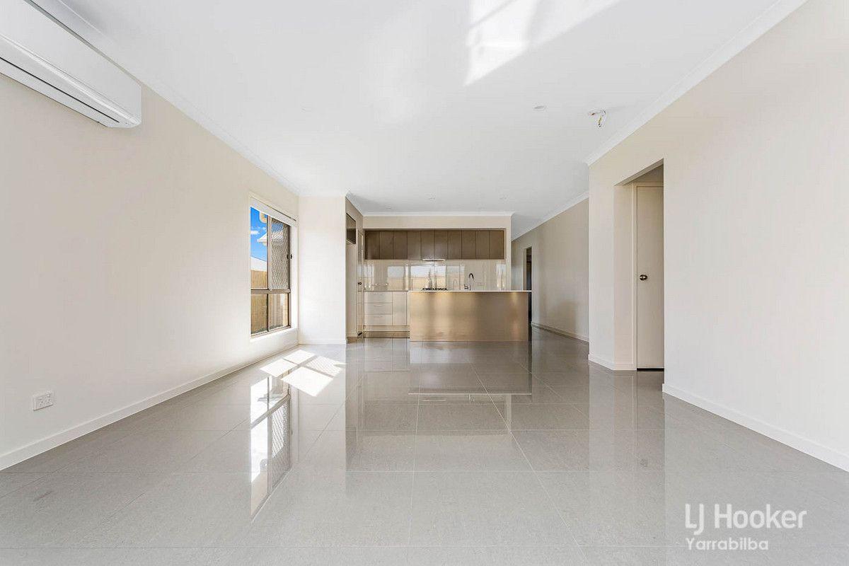 2 Scoria Street, Yarrabilba QLD 4207, Image 2