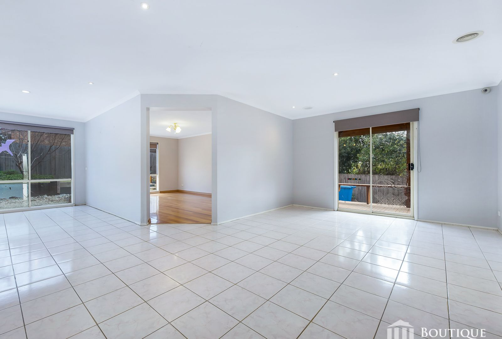 13 Munro Close, Hampton Park VIC 3976, Image 1