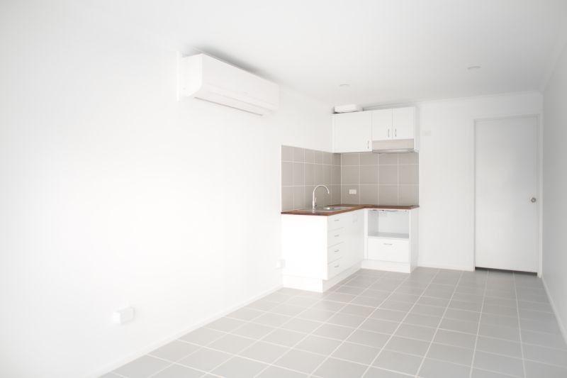 119A Kindra Ave, Southport QLD 4215, Image 2