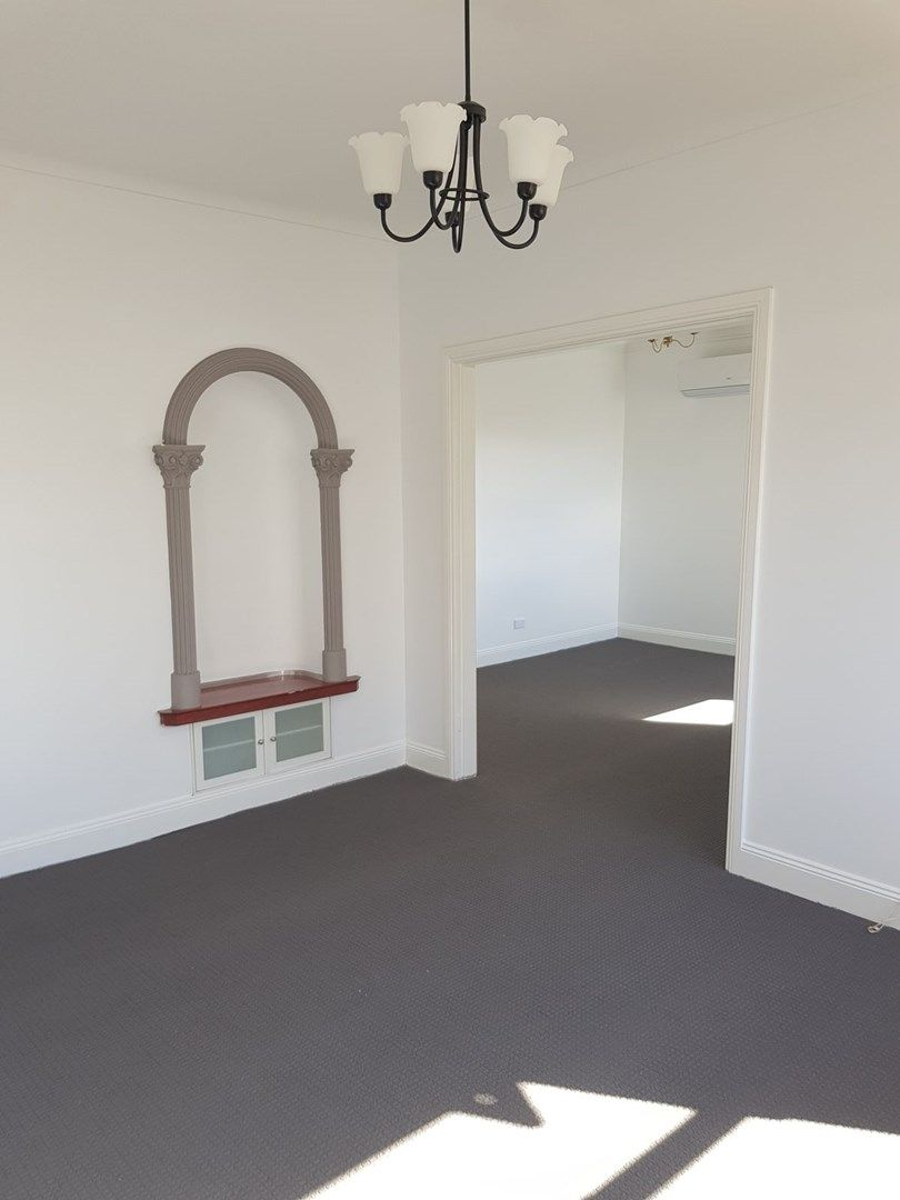 30 Carrington Avenue, Oberon NSW 2787, Image 1