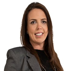 Rebecca Towns, Sales Consultant & Auctioneer