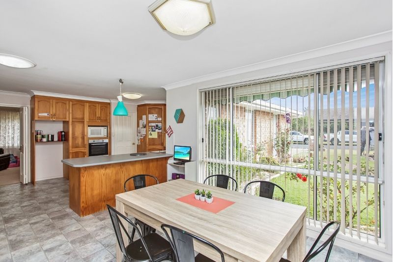 17 Greenview Close, Forster NSW 2428, Image 2
