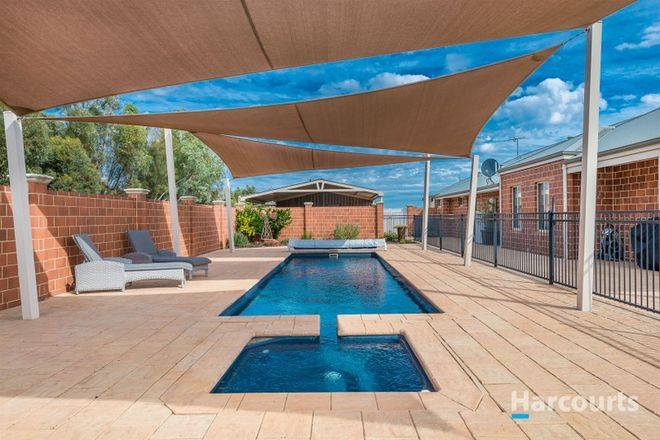 Picture of 359 Morley Road, LOWER CHITTERING WA 6084