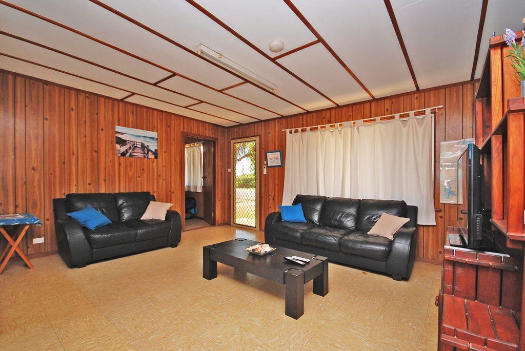 35 Hasting Street, Jurien Bay WA 6516, Image 1
