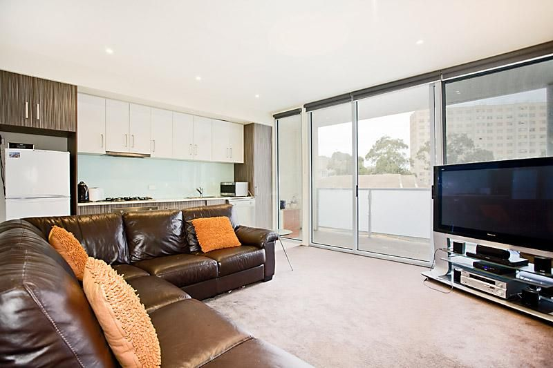 206/22-24 Wilson Street, South Yarra VIC 3141, Image 2