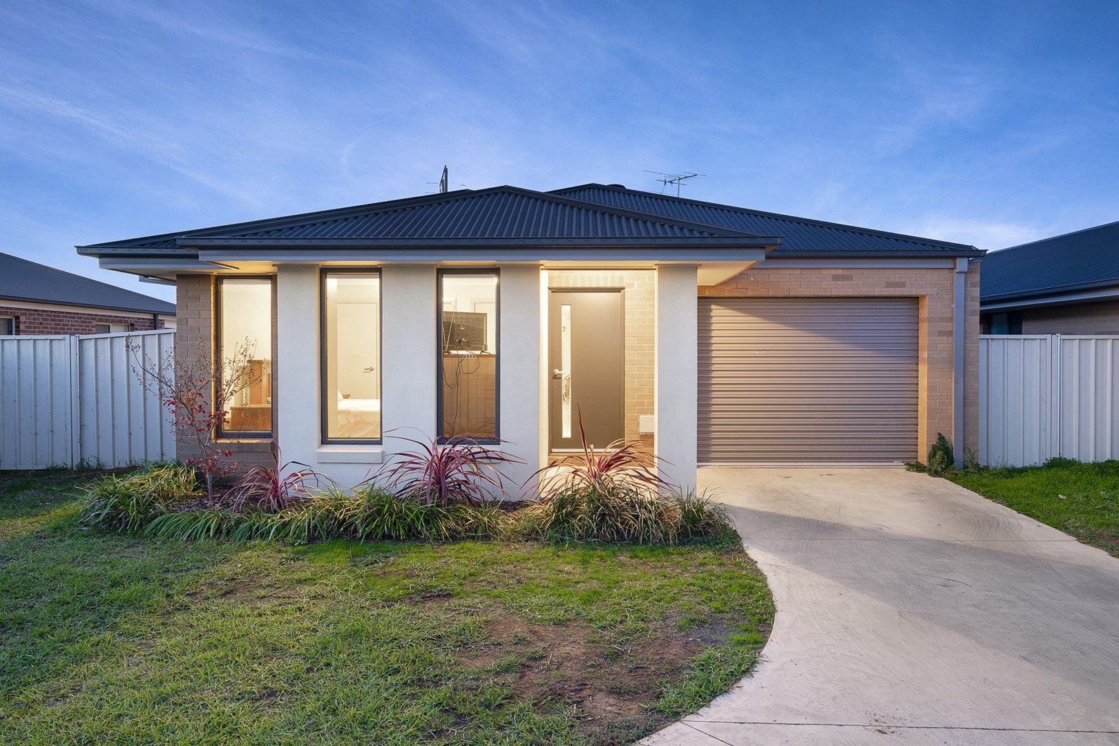 3/47 Hanrahan  Street, Lavington NSW 2641, Image 0