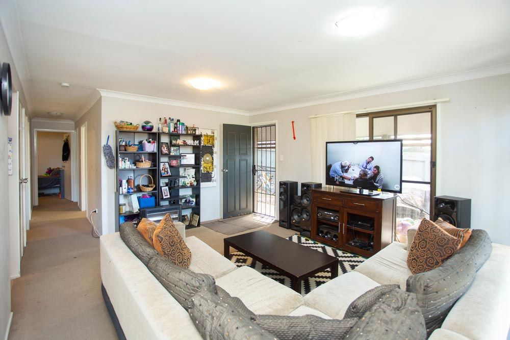 4/168 Whiting Street, Labrador QLD 4215, Image 0