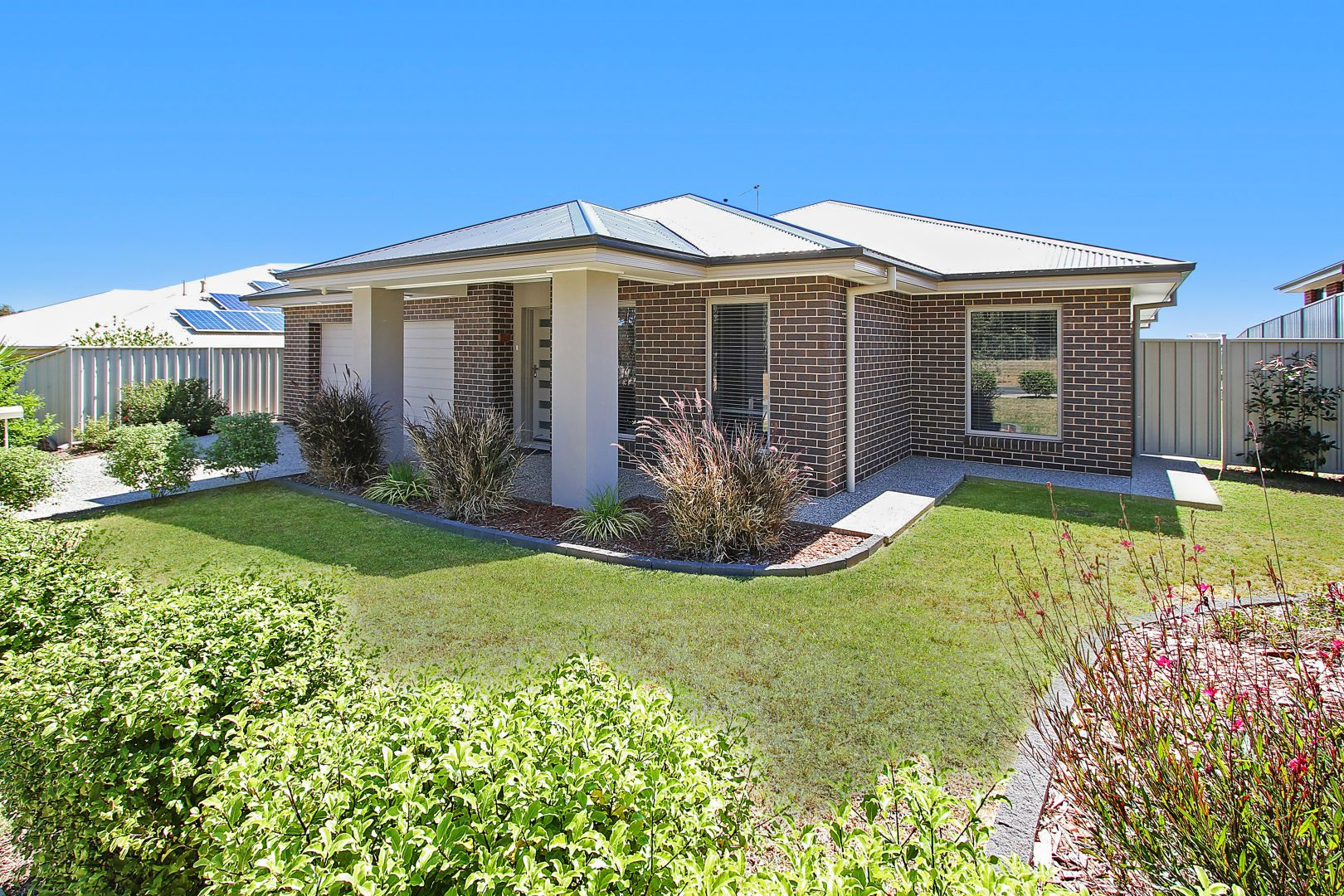 7 Forest Drive, Thurgoona NSW 2640