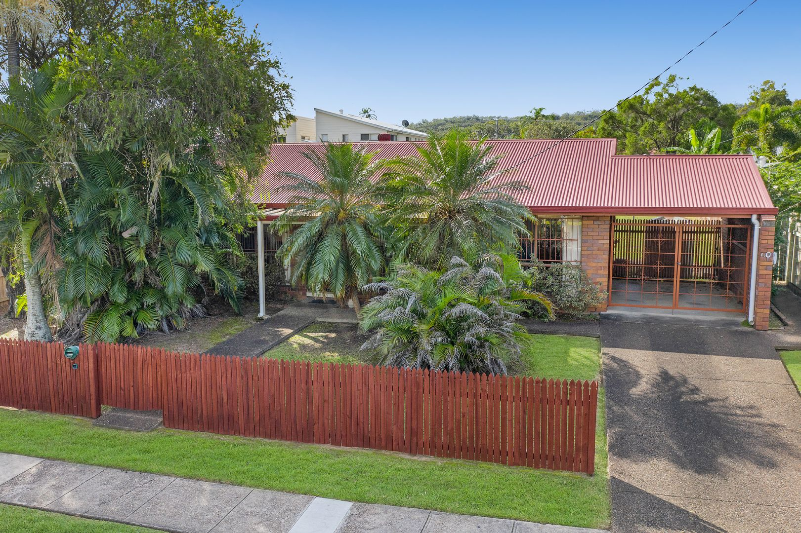 60 Chatswood Road, Springwood QLD 4127, Image 2