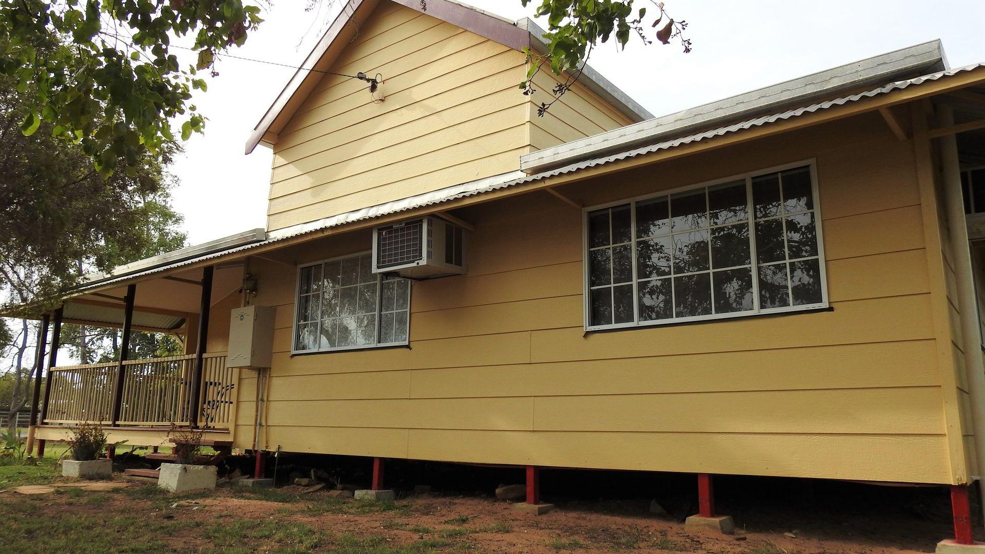 34 Yew Street, Barcaldine QLD 4725, Image 1