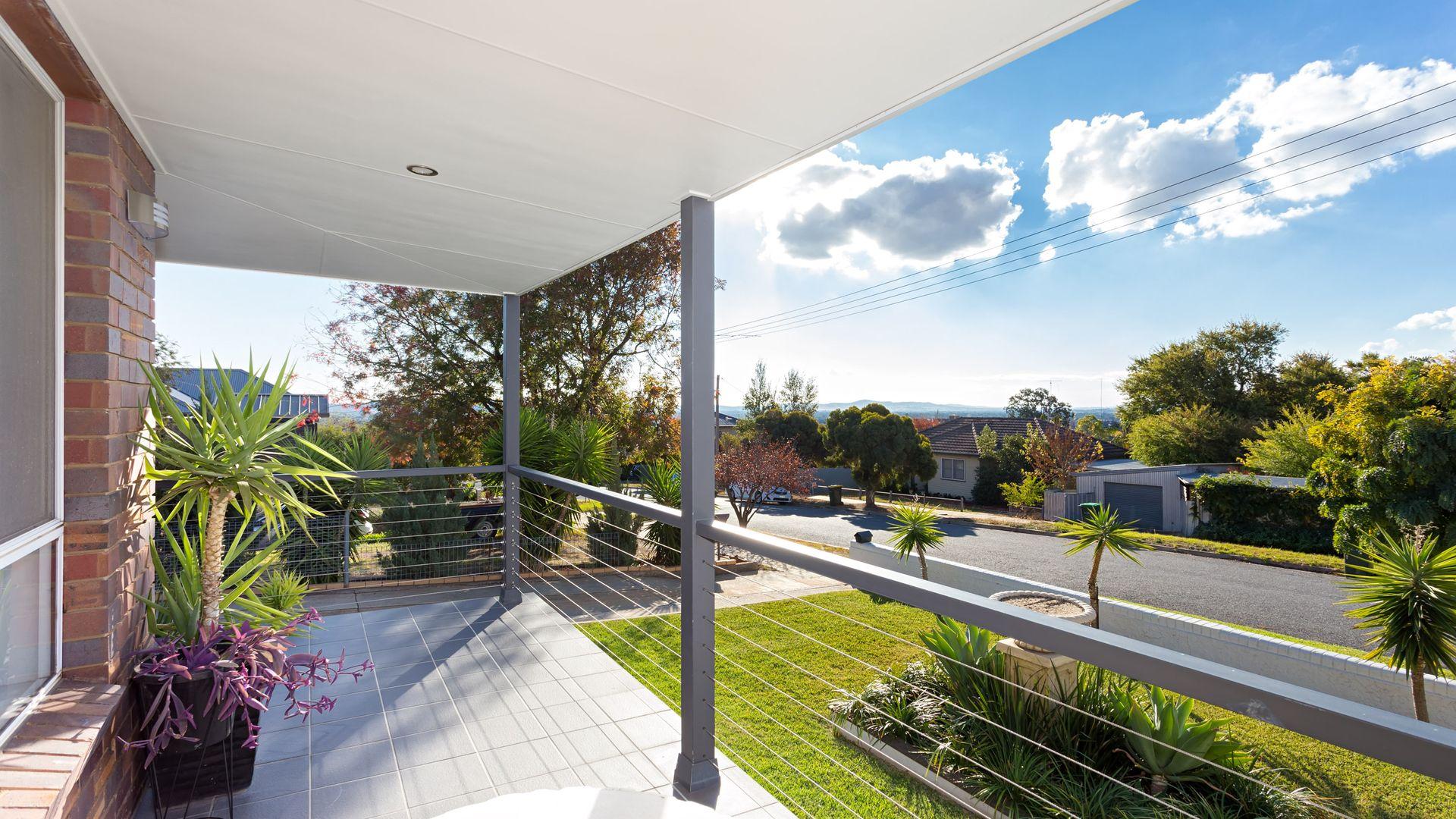 16 Hodson Avenue, Turvey Park NSW 2650, Image 1