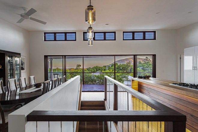 Picture of 4 Shanagolden Court, YAROOMBA QLD 4573