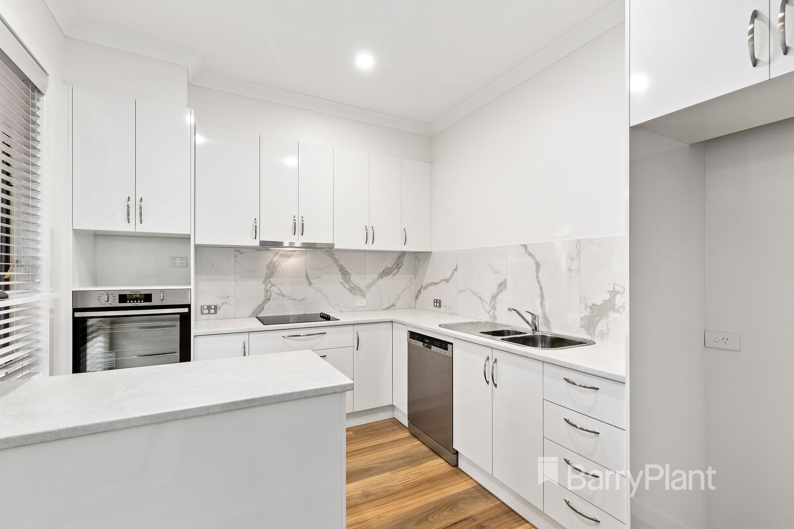2/1 Oldstead  Road, Greensborough VIC 3088, Image 1
