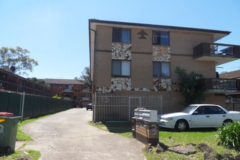 8/13 Pevensey Street, Canley Vale NSW 2166, Image 0