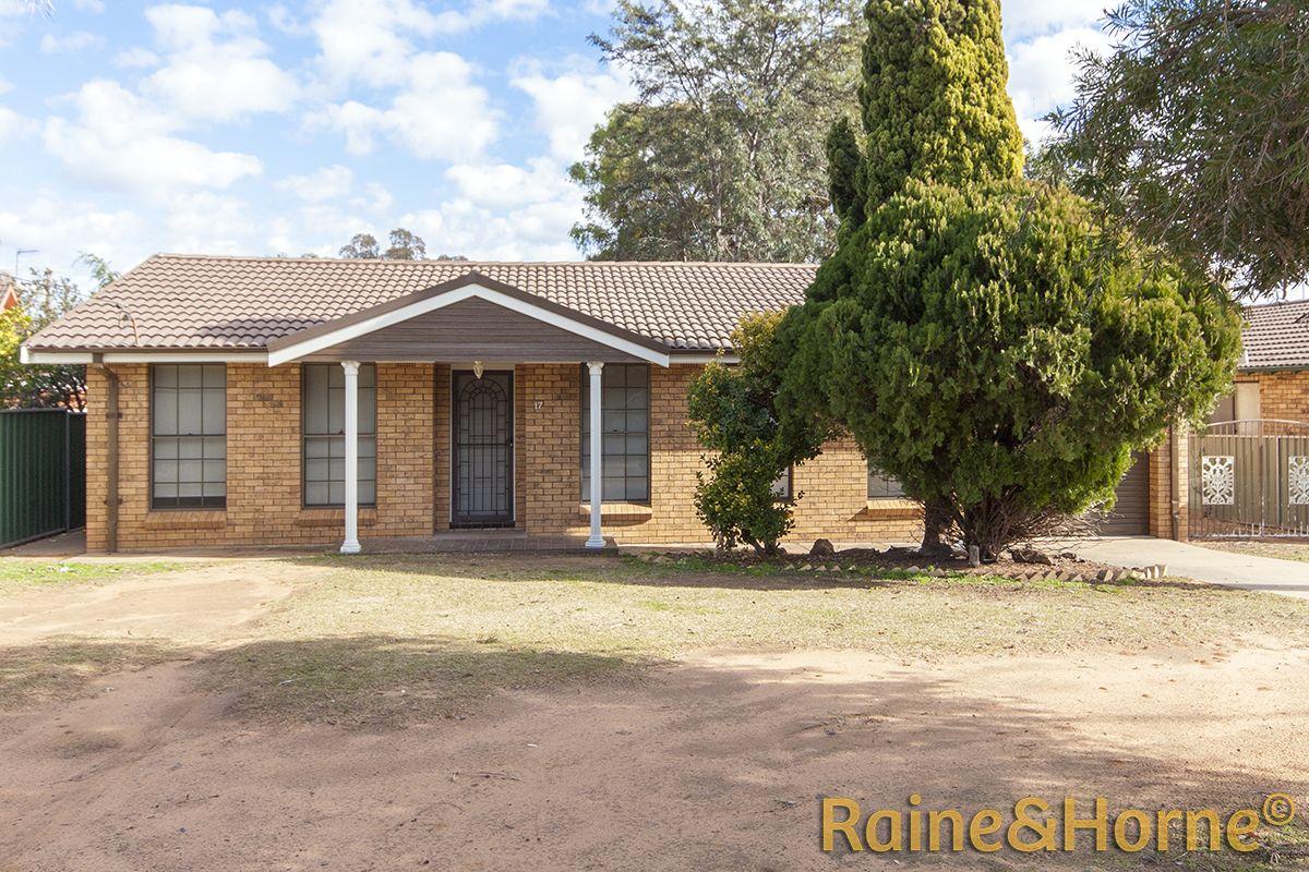 17 Gundarra Street, Dubbo NSW 2830, Image 0