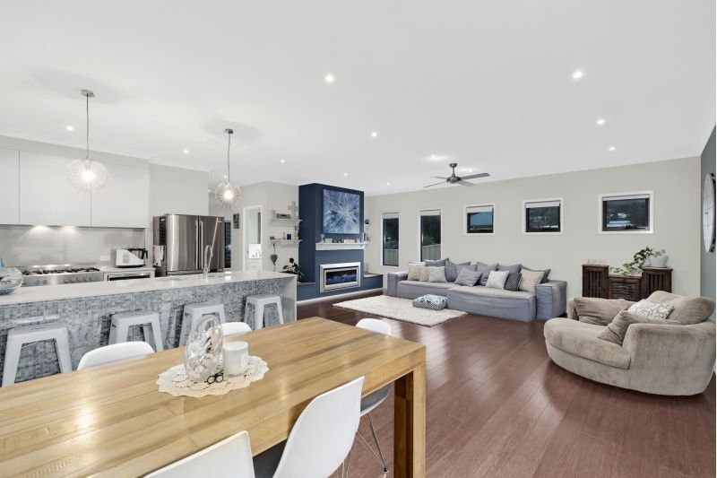 49 Brisbane Avenue, Umina Beach NSW 2257, Image 2