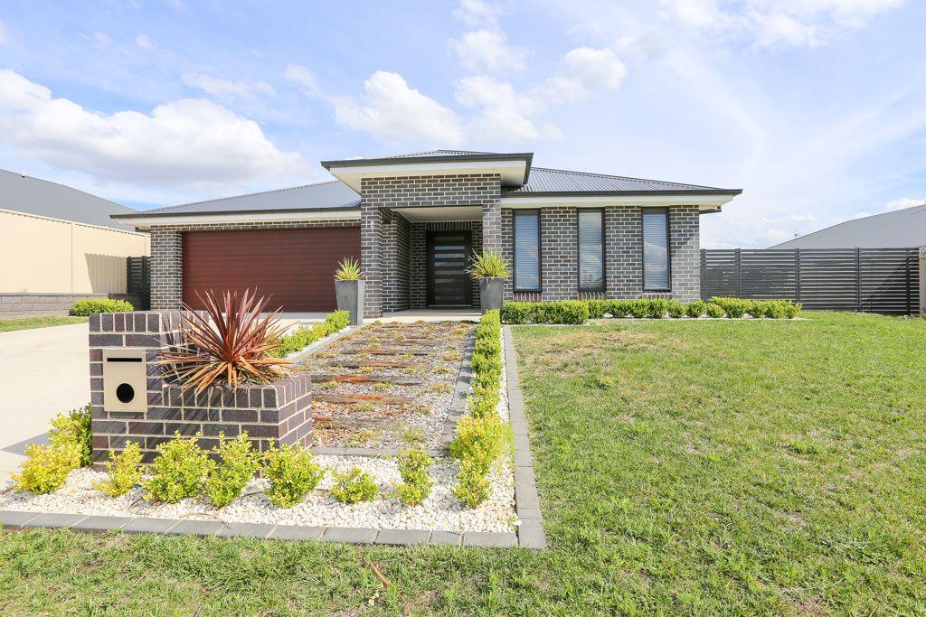 12 Coates Drive, Kelso NSW 2795, Image 0