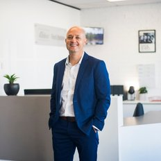 Dave Dart, Sales representative