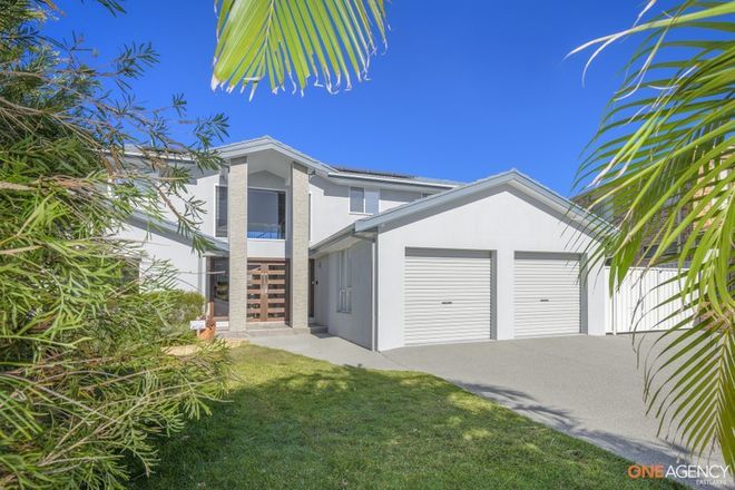 Picture of 1 Brigantine Place, CAVES BEACH NSW 2281