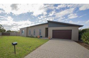 108 Maple Crescent, Narromine NSW 2821