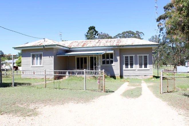 Picture of 5 Park Road, CROWS NEST QLD 4355