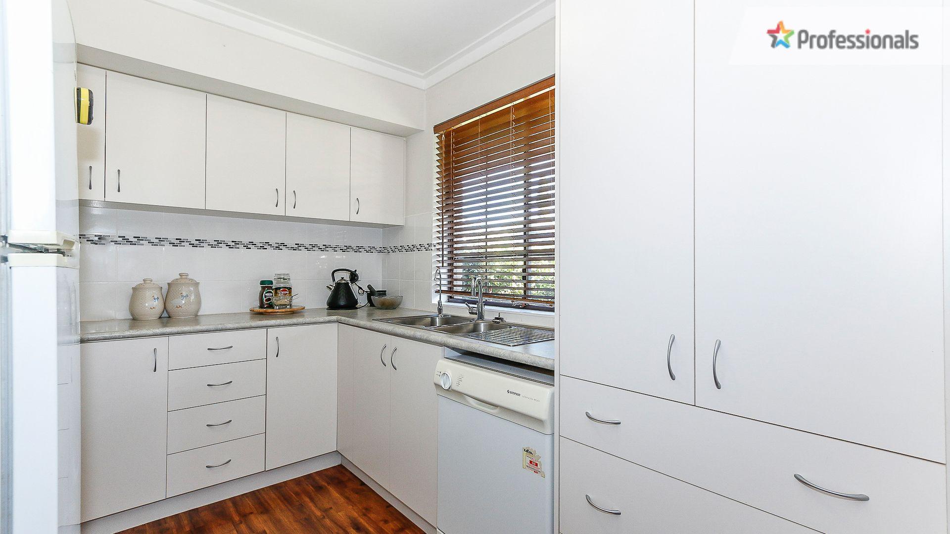 36 Abingdon Road, Swan View WA 6056, Image 1