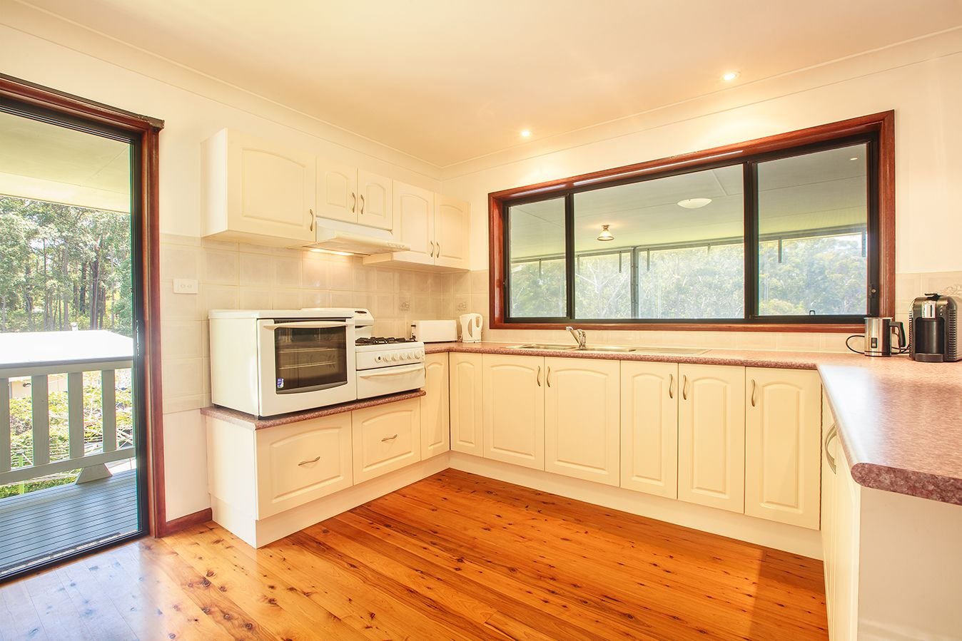 34 Oxley Crescent, Mollymook NSW 2539, Image 2