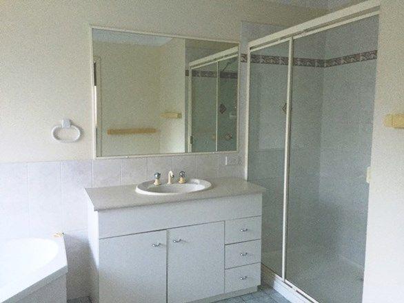 18 Camballin Court, Shailer Park QLD 4128, Image 1