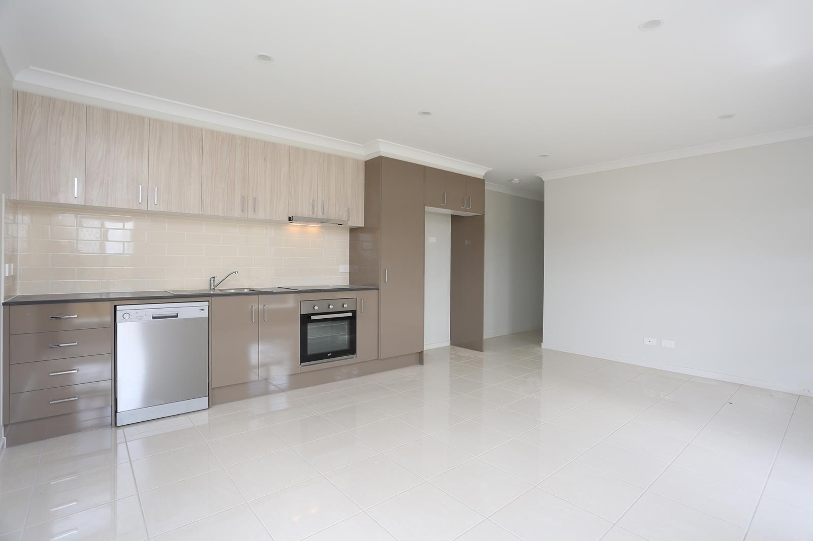 2/27 Reo Place, Yandina QLD 4561, Image 0