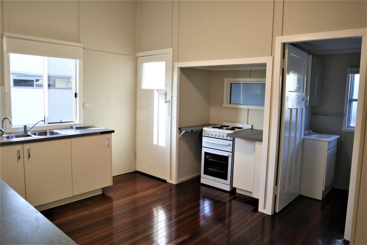 2/60 King Street, Kingaroy QLD 4610, Image 0