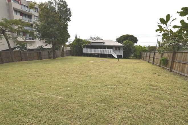 Picture of 71 Auckland Street, GLADSTONE CENTRAL QLD 4680