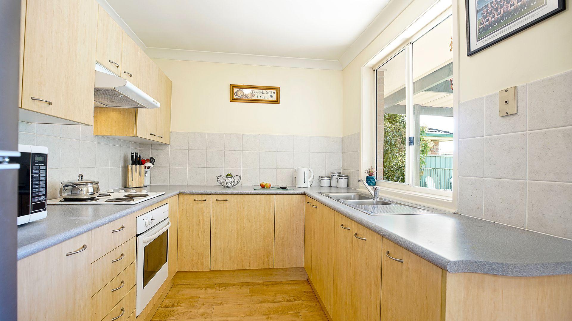 8 Prestwick Terrace, Glenmore Park NSW 2745, Image 2
