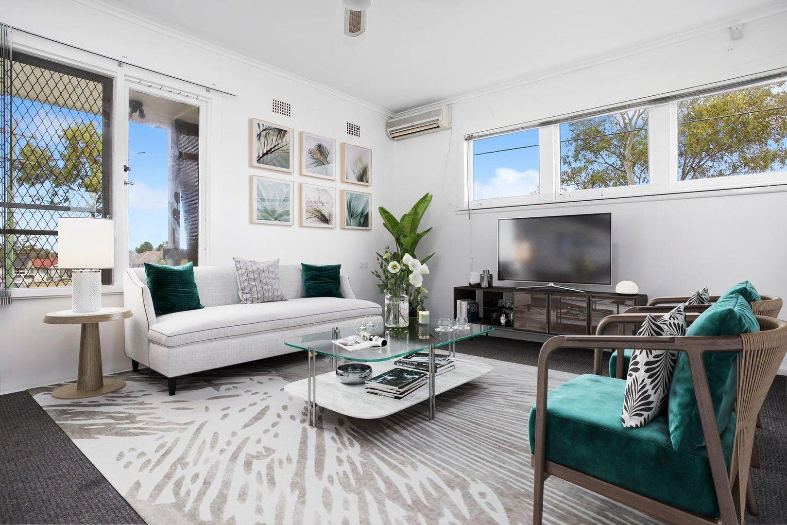 17 Clingan  Avenue, Lurnea NSW 2170, Image 0