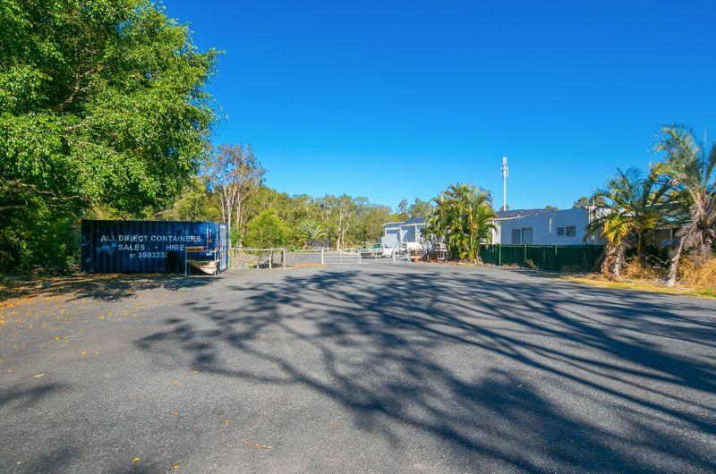 352 Greencamp Road, Wakerley QLD 4154, Image 2