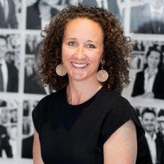Lucy White, Sales representative