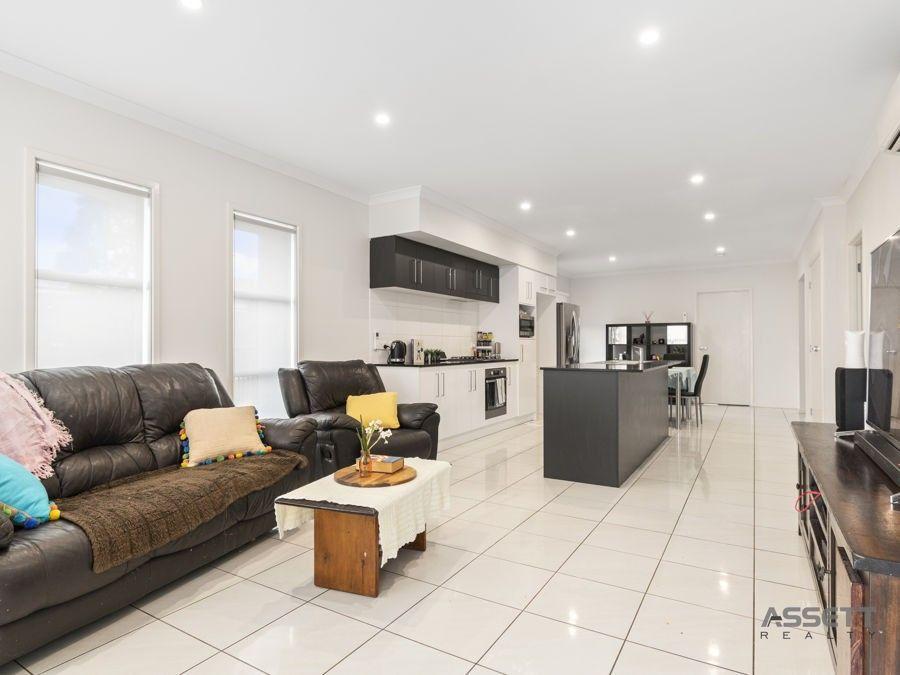 2 Ribbonwood Street Ripley, Ripley QLD 4306, Image 0