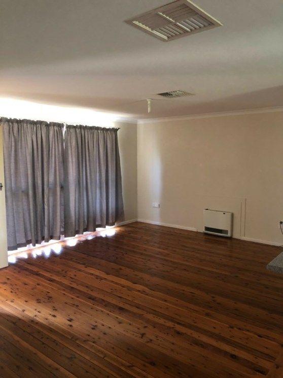538 Douglas Road, Lavington NSW 2641, Image 2