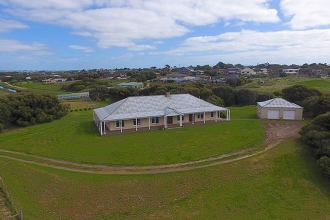 Picture of 70 Younger Street, WARRNAMBOOL VIC 3280