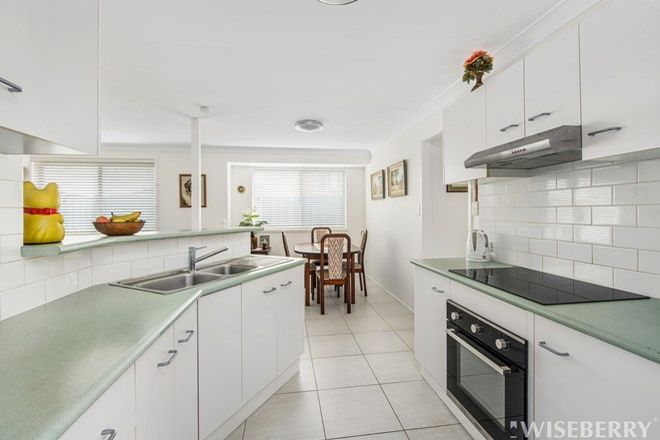 Picture of 1/3 Portelli Avenue, KARIONG NSW 2250