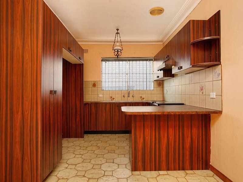 66 Cathcart Street, Fairfield NSW 2165, Image 2